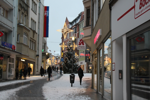 Downtown Aschaffenburg, snowy and alit.