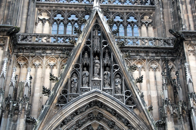 detail above one of the entranceways.