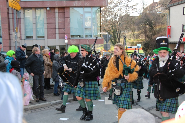 We were also a bit surprised the the strong presence of bagpipes... There were a couple of other marching scots groups, too...